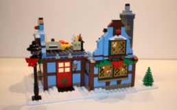 LEGO 10229 Winter Village Cottage voorkant