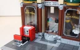 Review LEGO 10246 Detective's Office