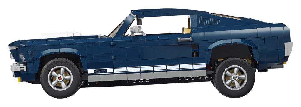 LEGO 10265 side