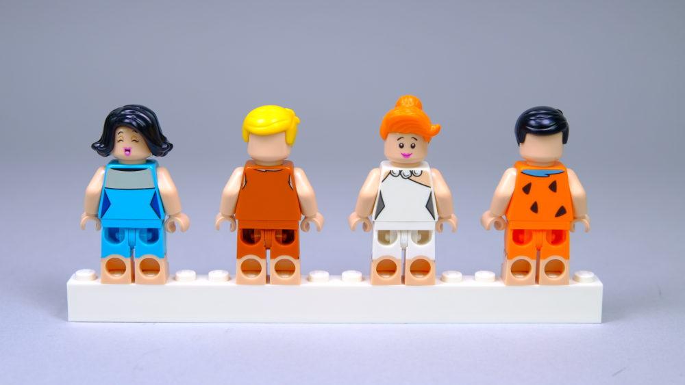 LEGO Ideas 21316 The Flintstones - Minifigs back