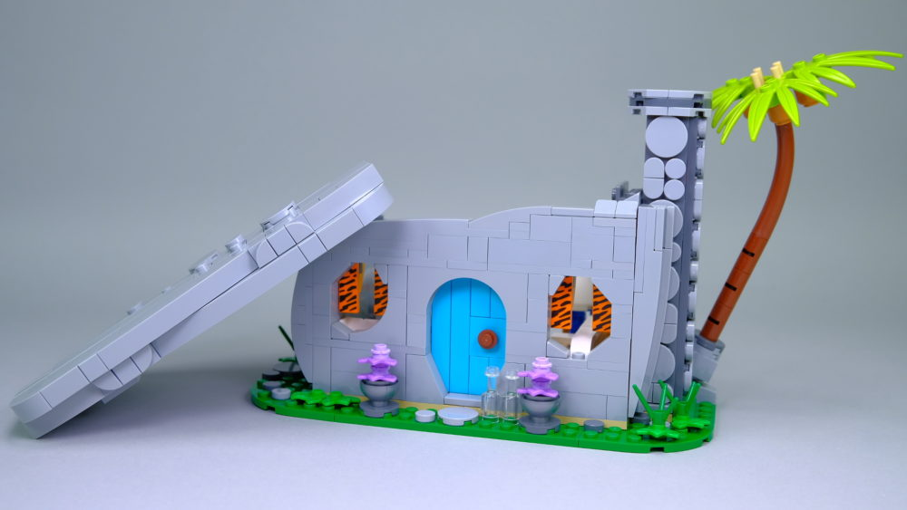 LEGO Ideas 21316 The Flintstones - house with roof
