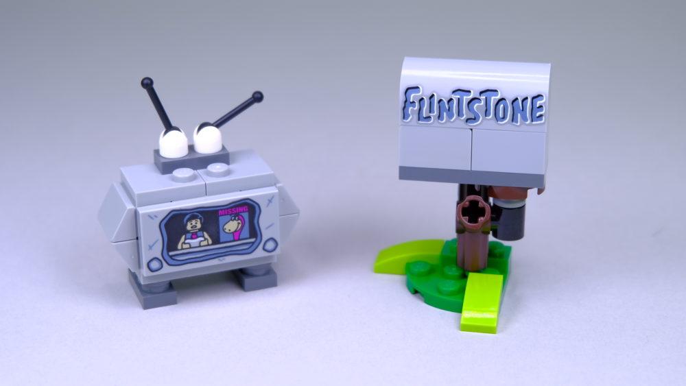 LEGO Ideas 21316 The Flintstones - tv & mailbox