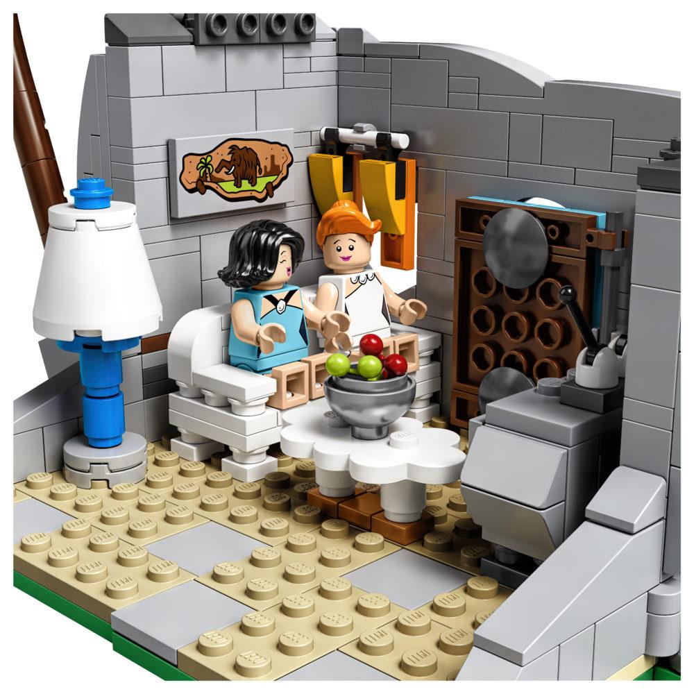LEGO Ideas The Flintstones - Wilma & Betty
