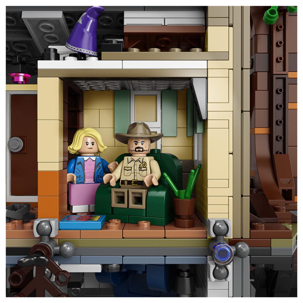 LEGO 75810 Byers House back (4)