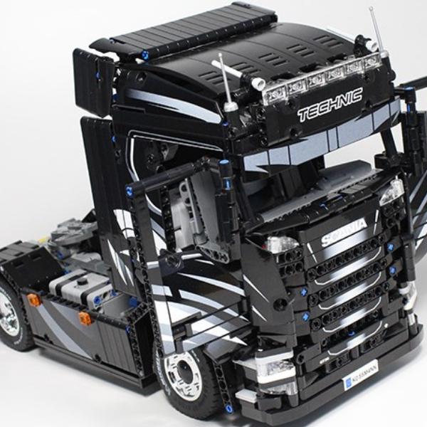 LEGO Ideas Scania Next Generation S730