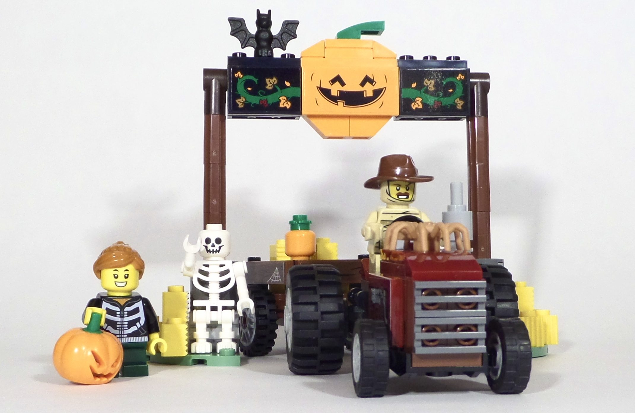 LEGO Seasonal 40423 Halloween Hayride
