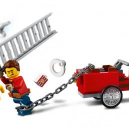 LEGO City 60271 Main Square