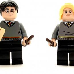 LEGO Harry Potter 40419 Hogwarts Students Accessory Set