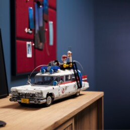 LEGO 10274 Ghostbusters Ecto-1 Lifestyle Image