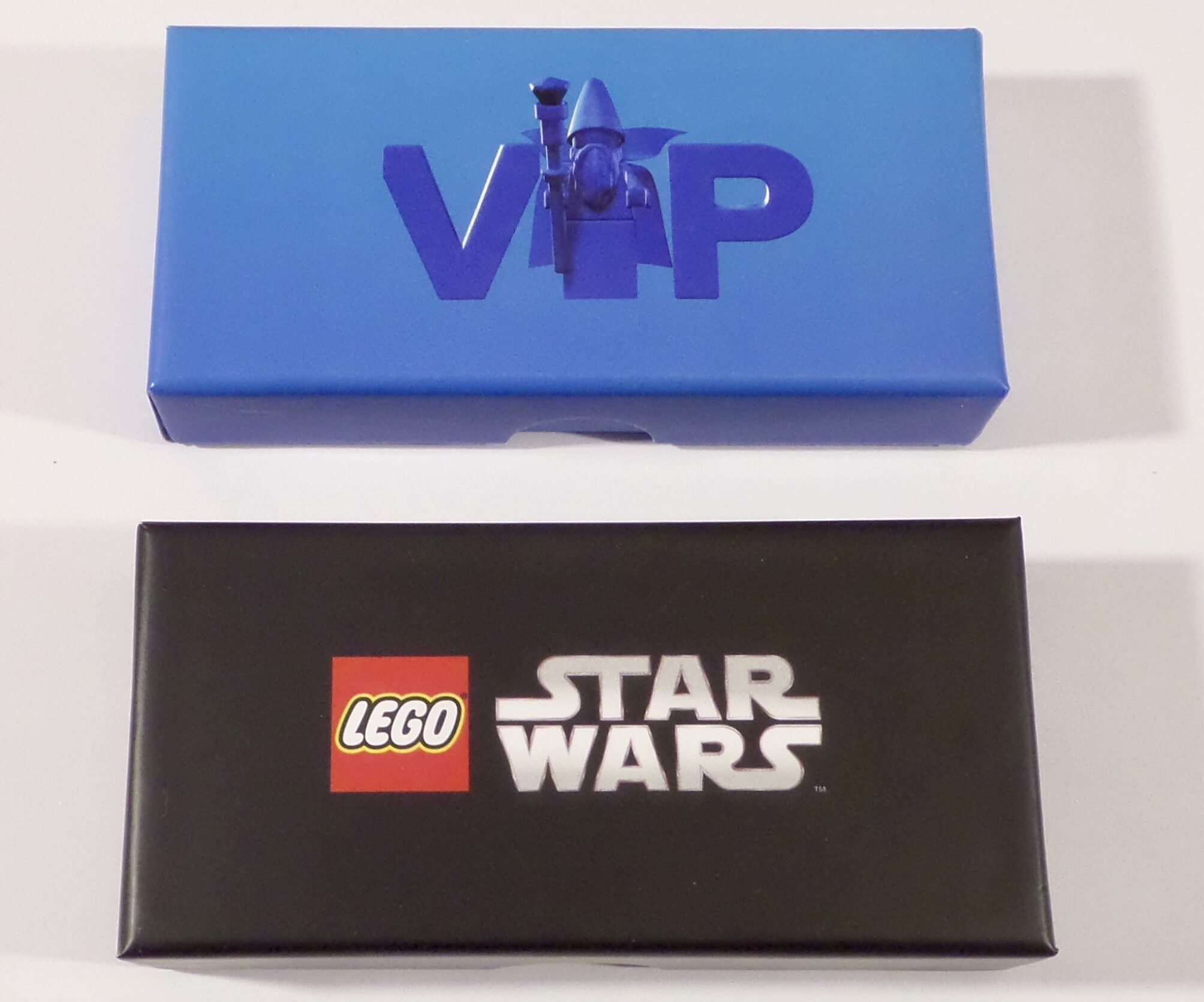LEGO 5006330 VIP Metal Key Chain