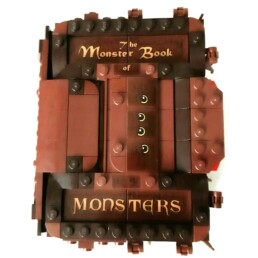 LEGO Harry Potter 30628 Monster Book of Monsters (1)
