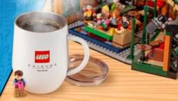 Gratis LEGO ideas Central Perk mok