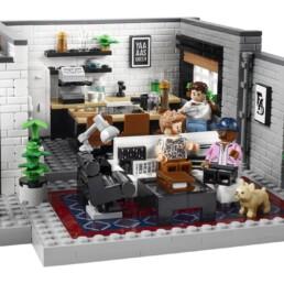 LEGO 10291 Queer Eye - The Fab 5 Loft