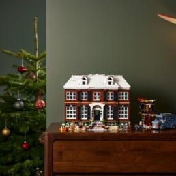 LEGO Ideas 21330 Home Alone - Lifestyle